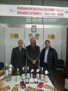 President Anton Caragea and Senator ionel Agrigoroaei at Pietroasa Research Center