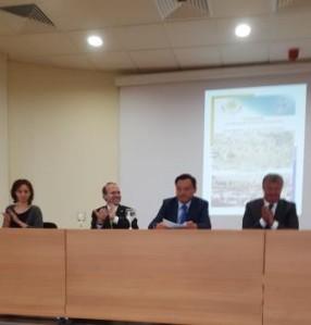 Daulet Batrashev receives ovations at the end of Kazakhstan conference