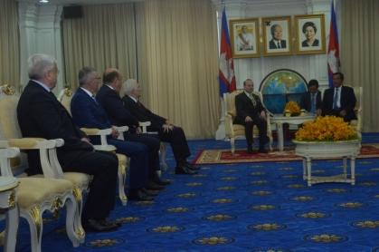 H.E. President Peofessor Dr. Anton Caragea and H.E. Prime Minister of Cambodia-Academician Dr. HUN SEN