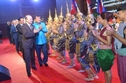 President Dr. Anton Caragea on the platform of Cambodia-Favorite Cultural Destination with Royal Opera from Phnom Penh