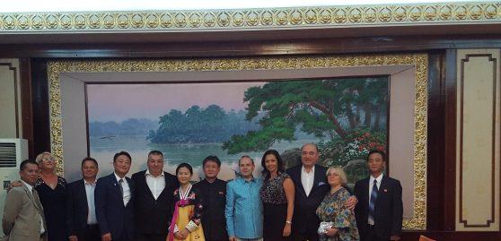 Presedintele Anton Caragea, Ambasadorul Ri Pyong Du si delegatia Parlamentului Romaniei